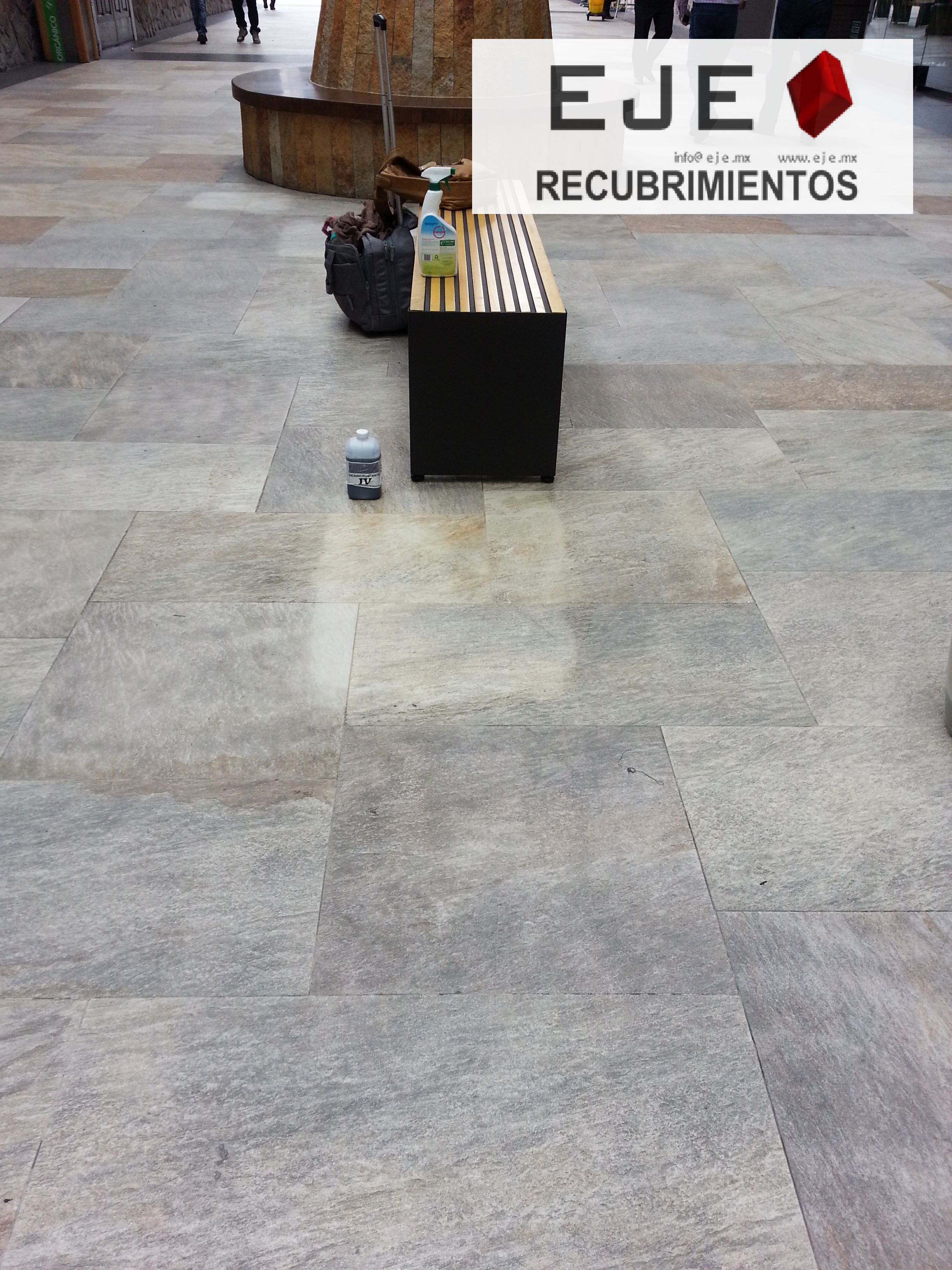 DESINCRUSTANTE IV LIMPIADOR DE MACHAS DE CEMENTO, MORTERO, PASTAS